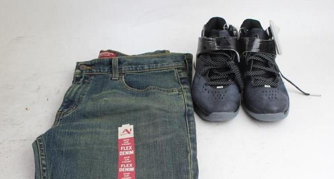 Cách tiết kiệm và làm giàu của triệu phú Canada: Bỏ cà phê sang chảnh, chỉ dùng 4 đôi giày và 3 chiếc quần jean