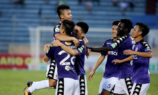 """Thắng với tỷ số kỷ lục 10-0, HLV trưởng CLB Hà Nội giải thích đó là cách """"tôn trọng đối thủ"""""""