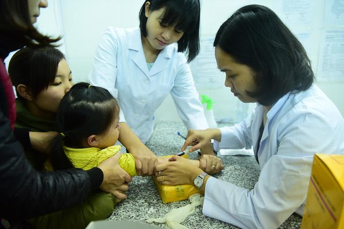 Trẻ dương tính với sán lợn lên 209 ca, mở rộng xét nghiệm học sinh 19 trường mầm non Bắc Ninh