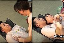 Hari Won đi diễn nằm nghỉ đè lên chồng, bị Trấn Thành