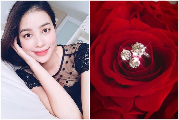 Sau phát ngôn kém sang, Phạm Hương khoe bộ sính lễ cầu hôn bằng kim cương của bạn trai bí ẩn