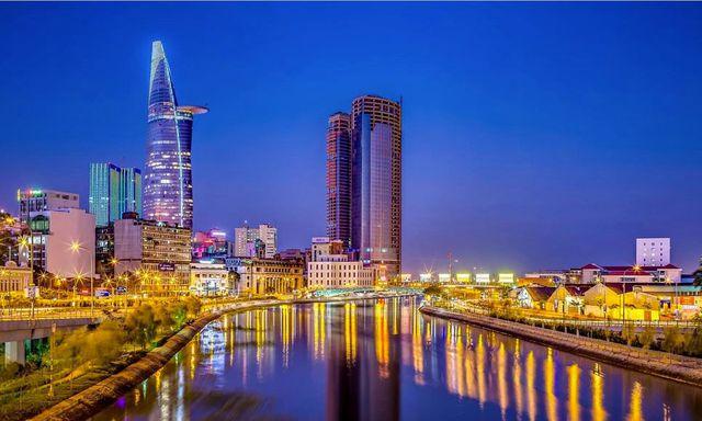 TP HCM vượt qua Hà Nội, trở thành thành phố đắt đỏ nhất Việt Nam