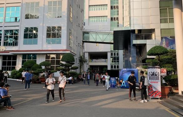Mất điểm thi, ĐH Công nghiệp TP HCM gọi sinh viên lên đối chiếu lại để xét tốt nghiệp