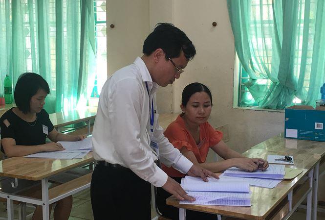 Danh tính thí sinh gian lận điểm thi tại Hòa Bình: Trường đại học có cả thủ khoa và á khoa được nâng điểm