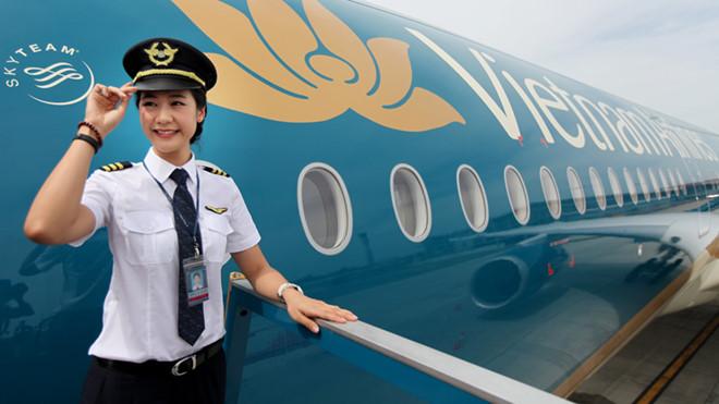 Đạt mức bình quân hơn 132 triệu đồng nhưng lương phi công Vietnam Airlines vẫn thấp hơn các đối thủ