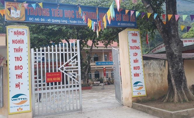 Nghi vấn giáo viên ngoại tình ở Lạng Sơn: Bị ngộ độc nên không mặc quần áo rồi ôm cho khỏi rét?