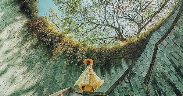 """Một bước lên thiên đàng sống ảo với """"giếng trời"""" cực chất ngay tại Singapore"""