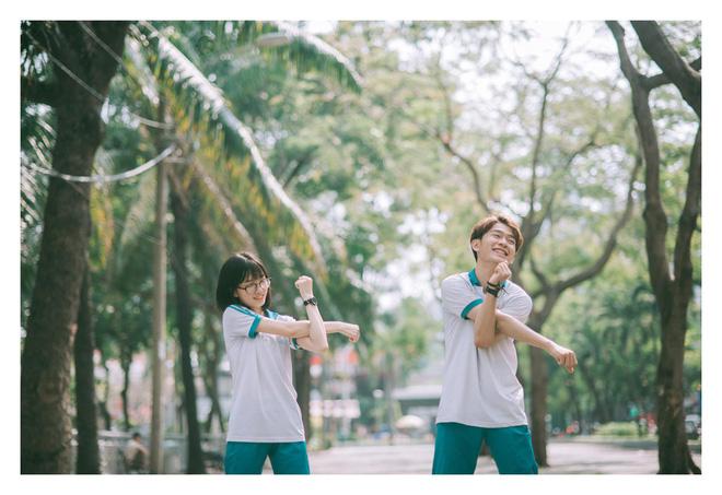 Muốn đi học mãi sau khi ngắm bộ đồng phục trường Lê Quý Đôn quá dễ thương và thoải mái