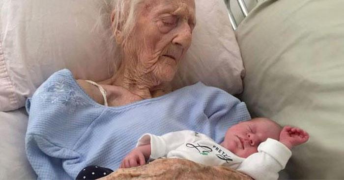 Ở Việt Nam có bà cụ 62 tuổi mang bầu, ở Ý cụ bà 101 tuổi hạ sinh thành công đứa con thứ 17, nặng 3.3 kg
