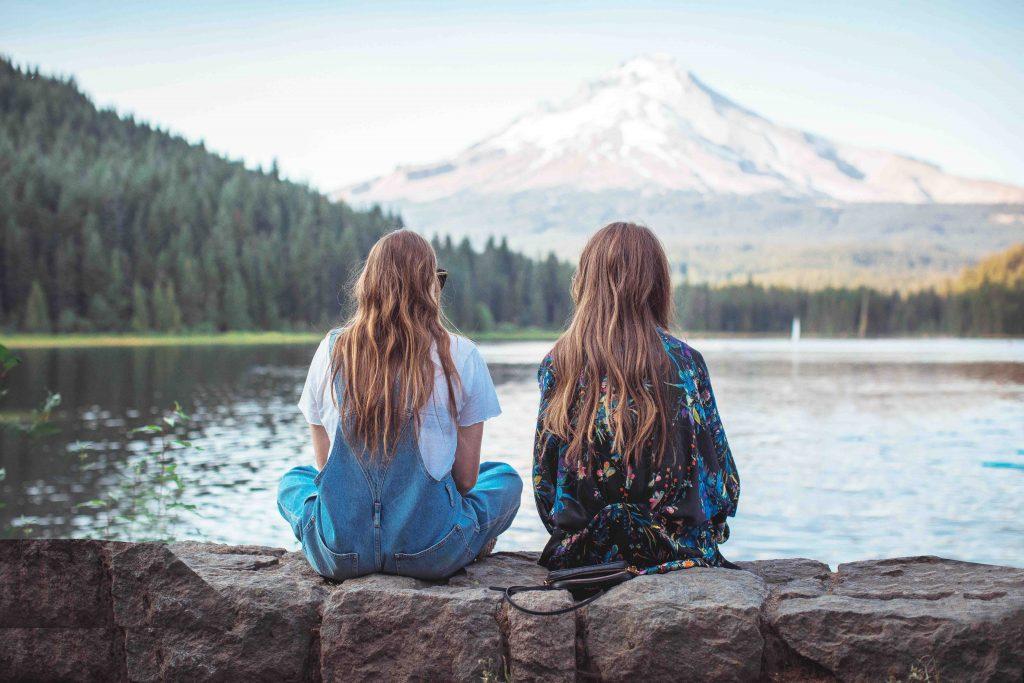 Tình bạn đích thực là thứ tình cảm hữu hạn hay là mối quan hệ tồn tại mãi mãi?
