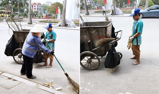 Xúc động hình ảnh cậu bé đi gom rác giúp mẹ là nữ công nhân môi trường dịp lễ 30/4 - 1/5