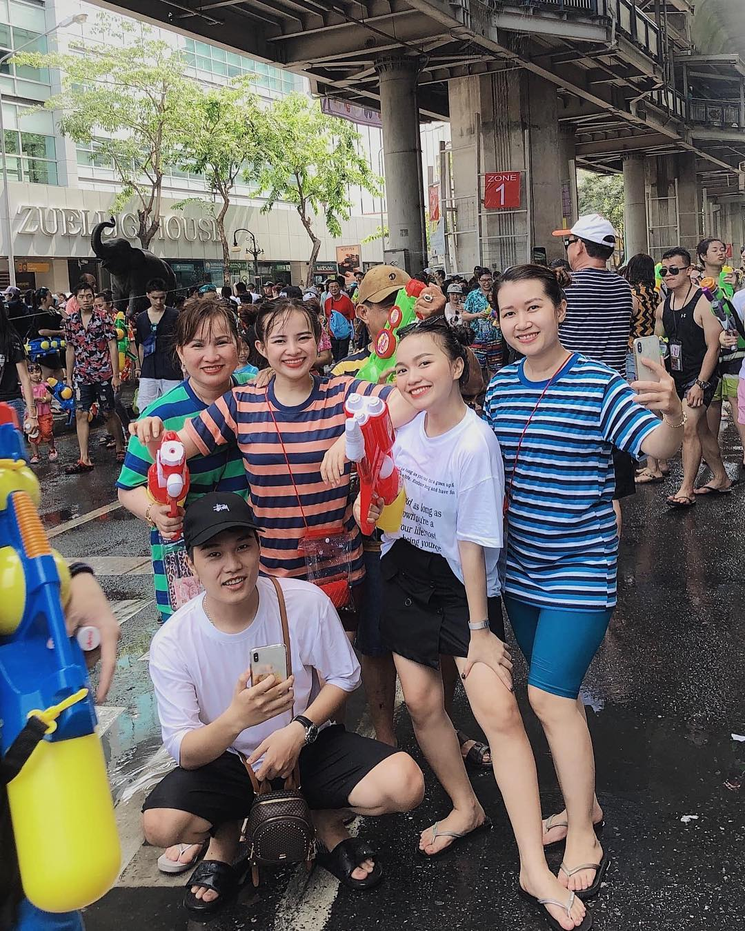 Cần gì đi Thái xa xôi, Sài Gòn sắp có LỄ HỘI TÉ NƯỚC siêu hoành tráng sắp diễn ra rồi đây!
