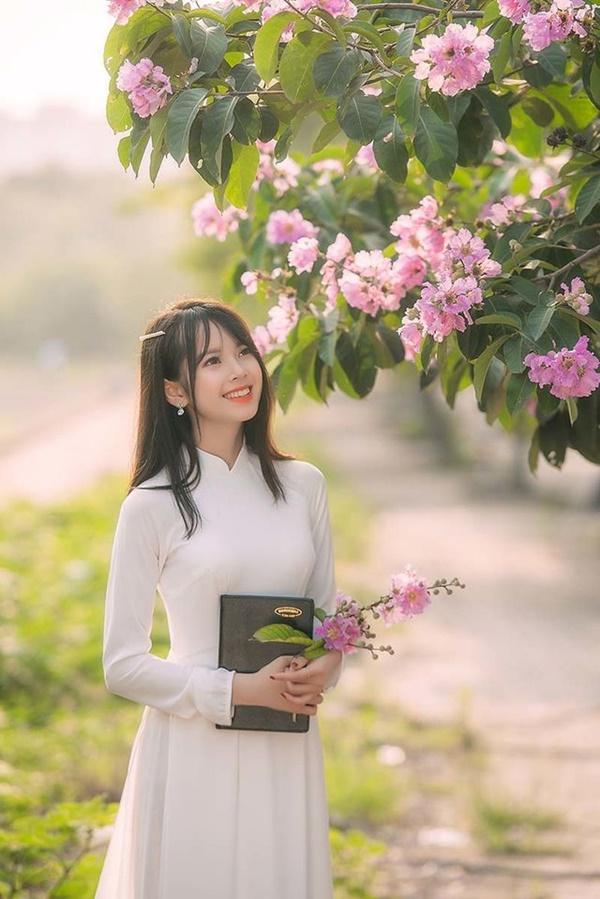 Ảnh 4: Hot girl Học viện Tài chính - We25.vn