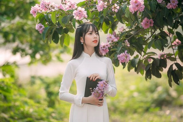 Ảnh 5: Hot girl Học viện Tài chính - We25.vn
