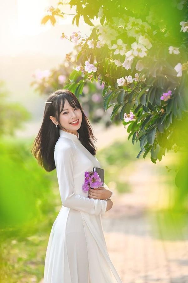 Ảnh 1: Hot girl Học viện Tài chính - We25.vn
