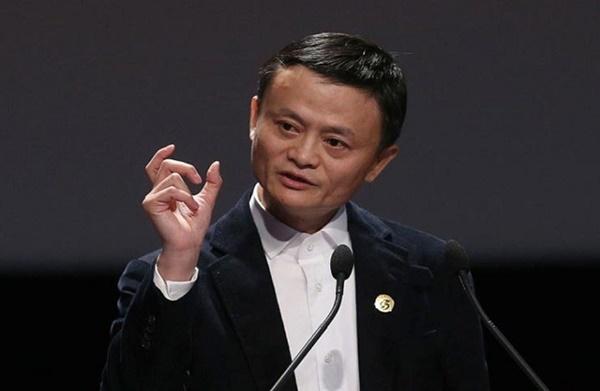 Tỷ phú Jack Ma cảnh báo các công ty buộc nhân viên làm việc thêm giờ có thể là cách phát triển không bền vững