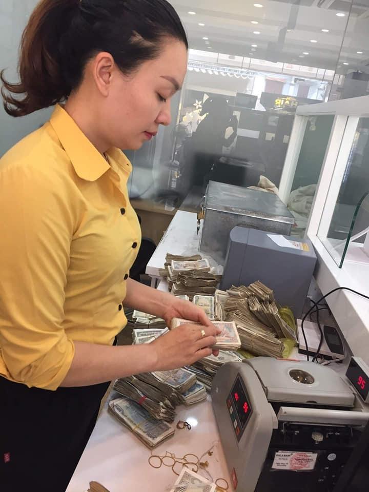 Ảnh 2: Gửi tiết kiệm một bao tiền lẻ - We25.vn