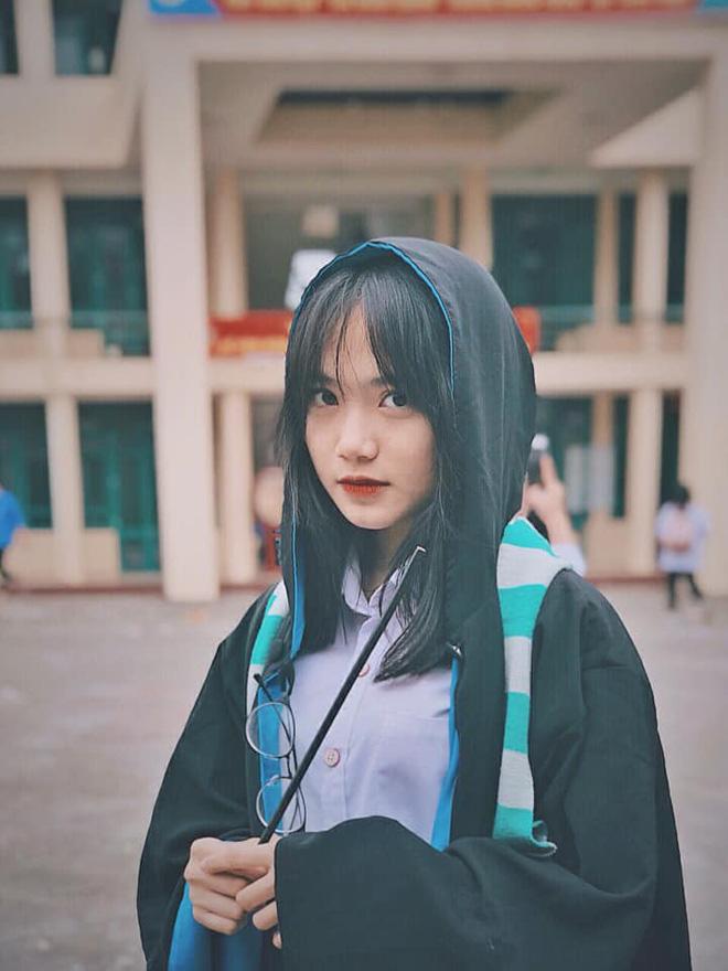 Ảnh 6: Nữ sinh trường chuyên Thái Nguyên - We25.vn