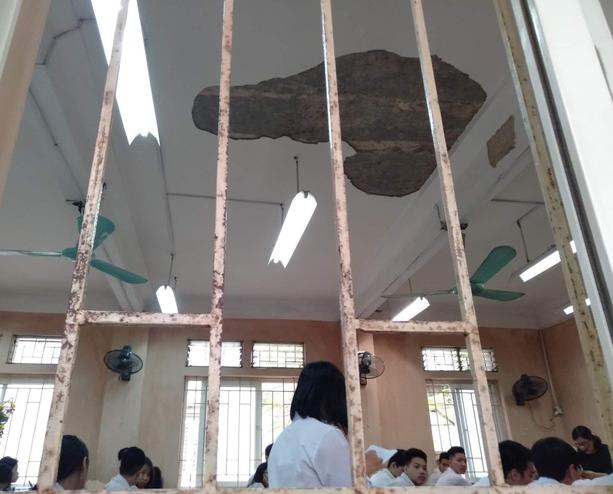 Ảnh 3: Trường học xuống cấp - We25.vn