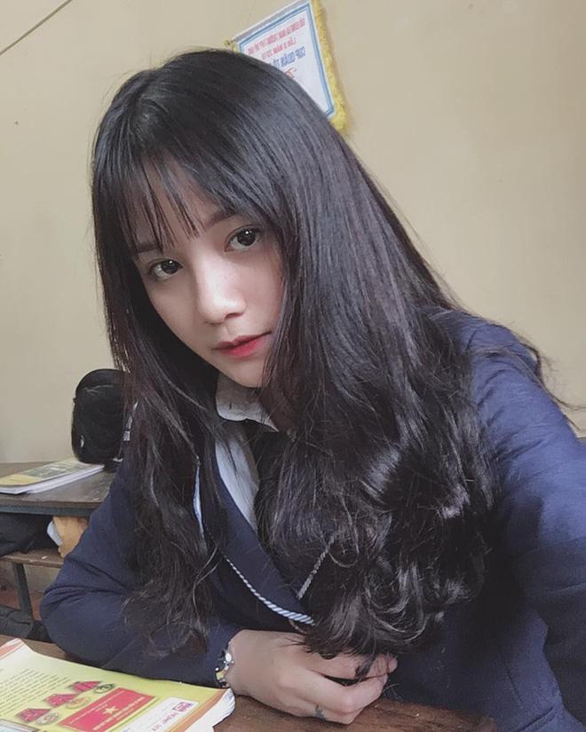 Ảnh 4: Hot girl đồng phục - We25.vn