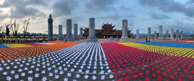 Ảnh 1: Đại lễ Phật đản 2019 - We25.vn