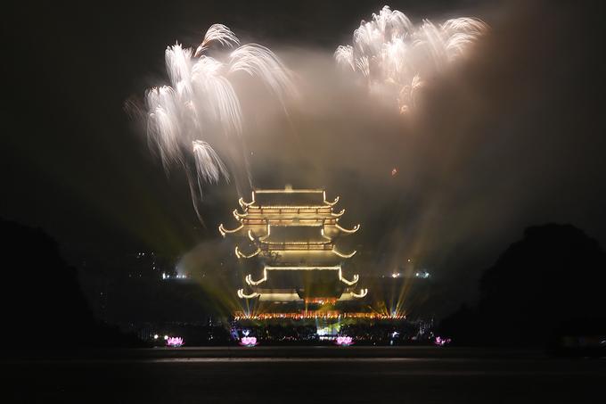 Ảnh 10: Đại lễ Phật đản 2019 - We25.vn