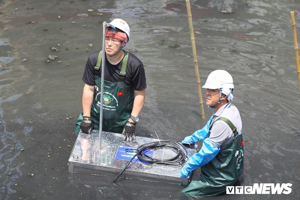 Ảnh 4: Làm sạch nước sông Tô Lịch - We25.vn