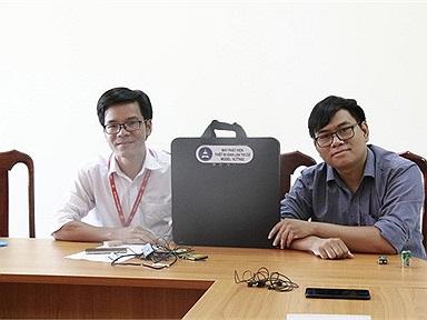 Nhóm sáng chế trường ĐH Tây Nguyên chế tạo máy chống gian lận thi cử