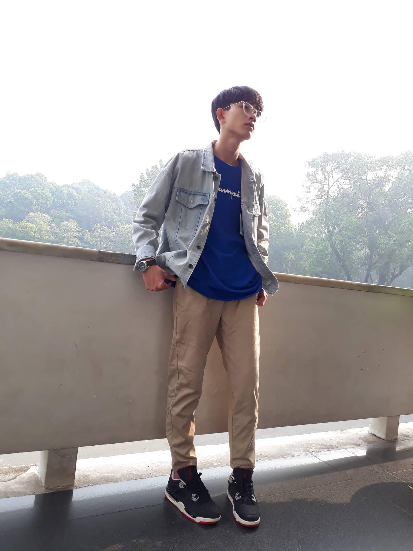 """Nam sinh 2001 xinh trai như idol Kpop gây cười """"bể bụng"""" vì chứng nhận """"Khẩu nghiệp"""" được bạn cùng lớp phong tặng"""