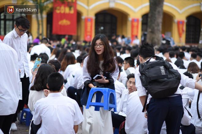 Ảnh 2: Lễ bế giảng của các trường THPT lớn nhất Hà Nội - We25.vn