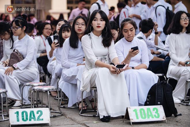 Ảnh 4: Lễ bế giảng của các trường THPT lớn nhất Hà Nội - We25.vn