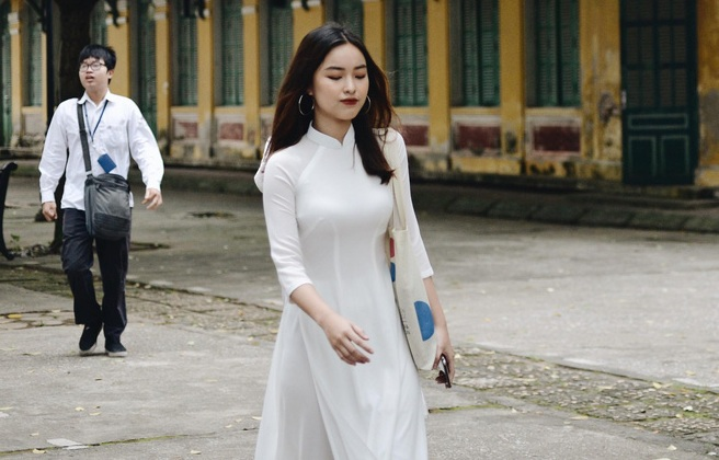 Ảnh 6: Lễ bế giảng của các trường THPT lớn nhất Hà Nội - We25.vn