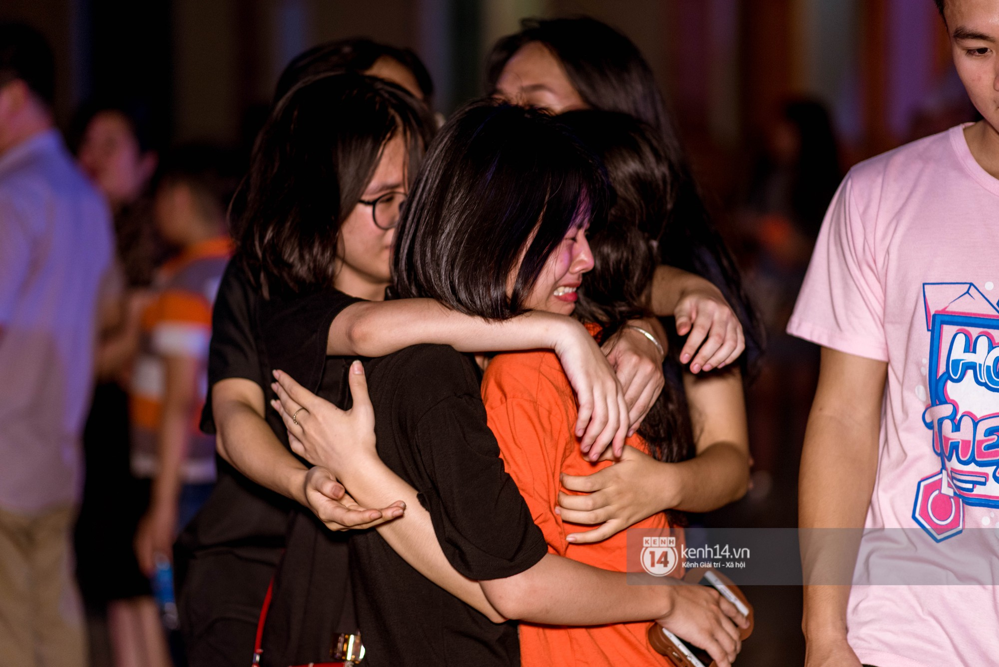 Ảnh 12: Tiệc trưởng thành trường Chu Văn An - We25.vn