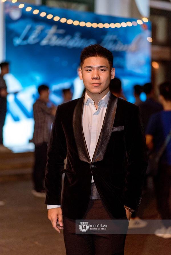 Ảnh 5: Tiệc trưởng thành trường Chu Văn An - We25.vn