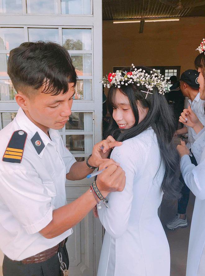 Ảnh 6: Bảo vệ đẹp trai - We25.vn
