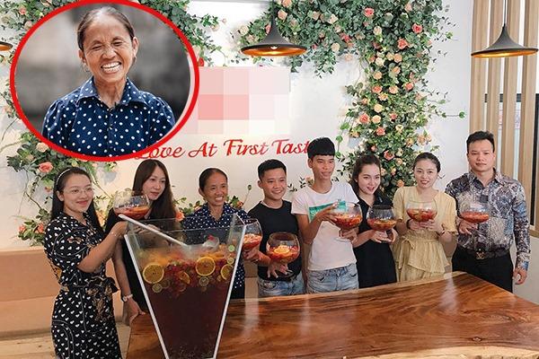 Được mời lên Hà Nội nấu món khổng lồ, Bà Tân Vlog bị fan vây kín, phải bảo vệ nghiêm ngặt như sao hạng A