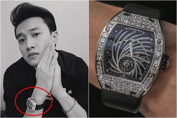 """Giàu như anh Vũ """"Về nhà đi con"""" đeo hẳn đồng hồ 22 tỷ nhưng hóa ra chỉ là """"đồ fake"""""""