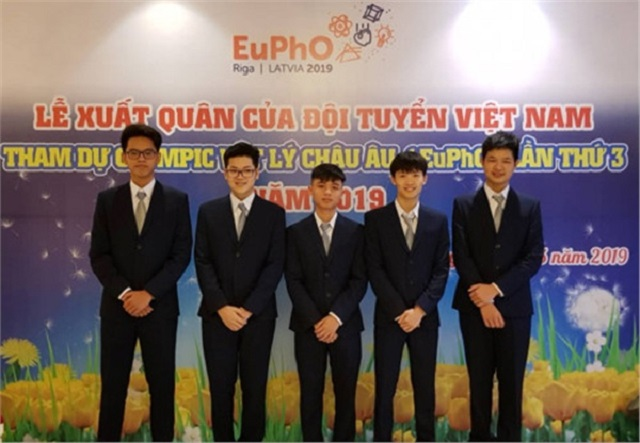 Việt Nam có 3 huy chương trong lần đầu tham dự Olympic Vật lý Châu Âu