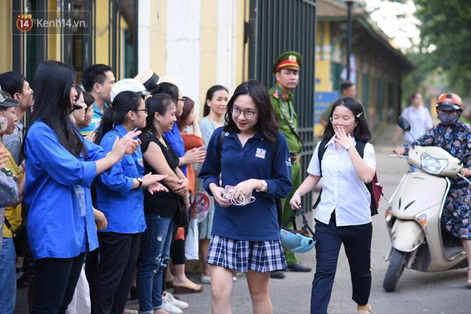 Ảnh 2: Thủ khoa thi vào lớp 10 - We25.vn