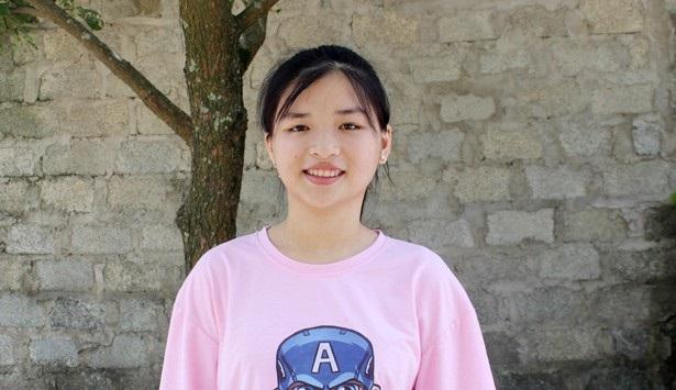 """Nữ sinh đạt điểm chuyên Văn cao nhất Hà Tĩnh """"thả cảm xúc"""" vào 15 trang giấy"""