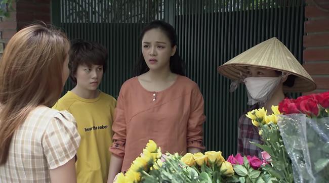 """Bí mật """"Về nhà đi con"""": Vợ ông Sơn vẫn sống, sinh Dương xong mất trí nhớ đi lạc?"""