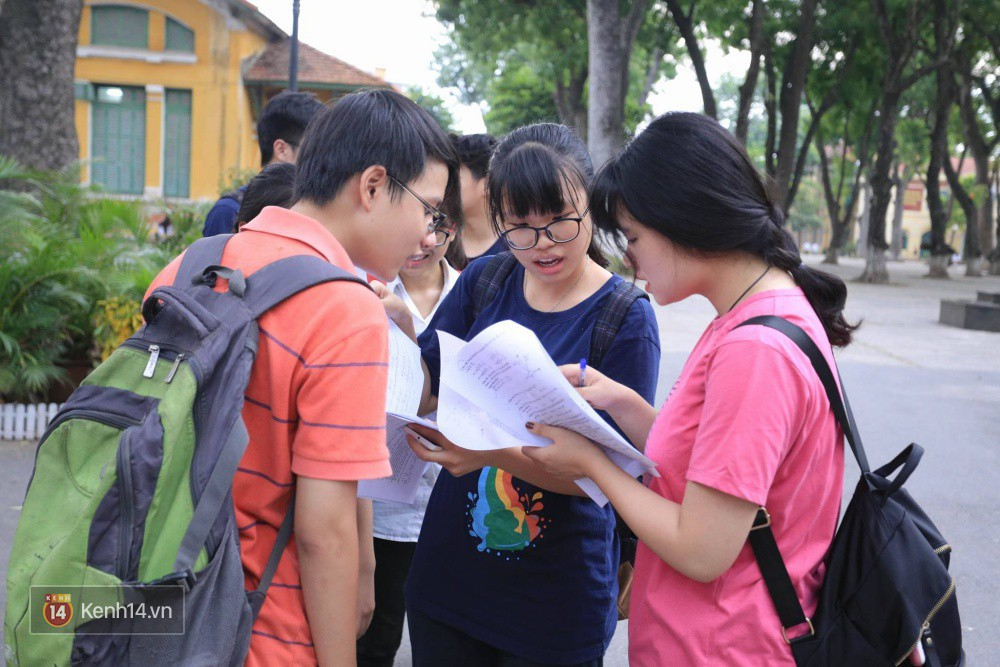 Ảnh 2: Nữ sinh trường chuyên Phan Bội Châu - We25.vn
