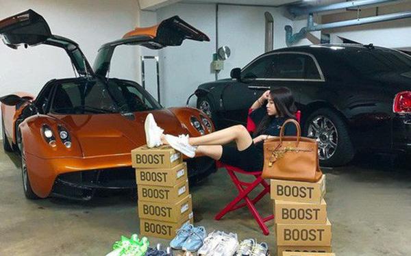 Ảnh 1: Bộ sưu tập siêu xe của nữ rich kid - We25.vn