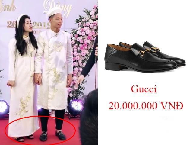 Bùi Tiến Dũng gây sốt khi mang giày hiệu 20 triệu trong đám hỏi nhưng nhìn sang chân vợ hotgirl là rõ mọi chuyện