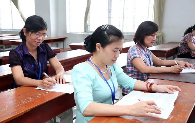 Bộ GD&ĐT sẽ triển khai chấm lại 5% bài thi Ngữ văn có điểm cao để đảm bảo khách quan
