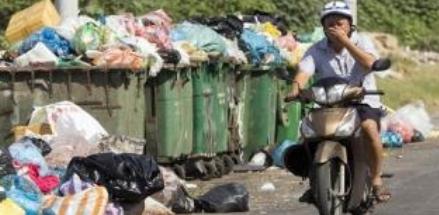Khốn đốn trong công tác xử lý rác thải vì người dân không chịu phân loại đúng cách