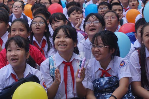 Ảnh 1: Ngày tựu trường - We25.vn