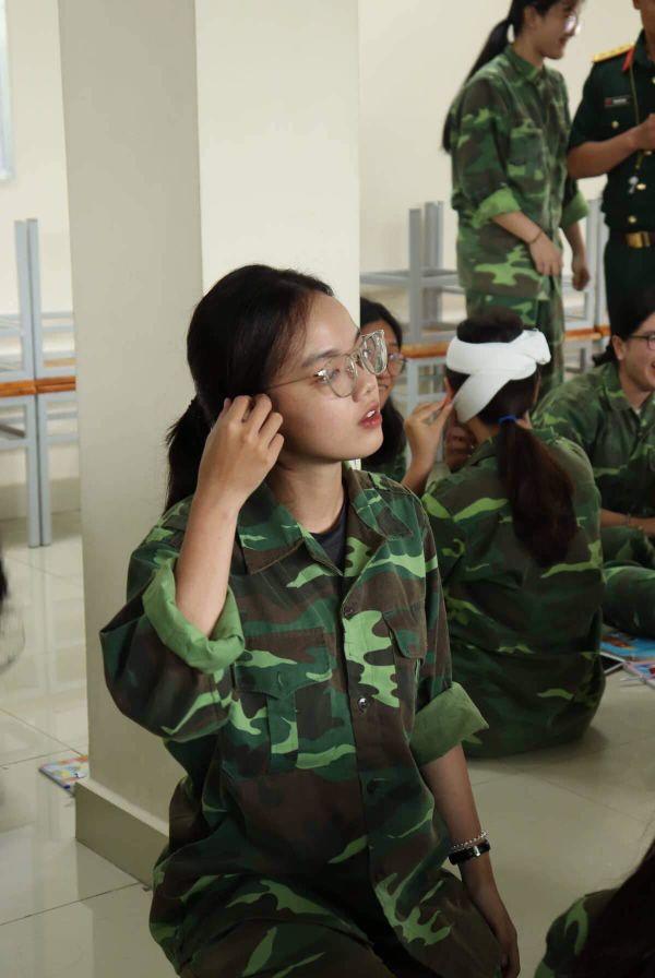 Ảnh 3: Nam thanh nữ tú ĐH Tôn Đức Thắng - We25.vn