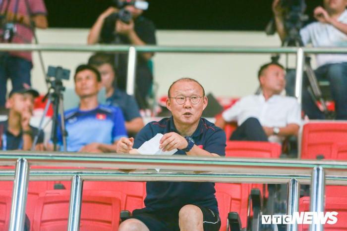 HLV Park Hang Seo hoãn đàm phán hợp đồng, tập trung SEA Games, vòng loại World Cup