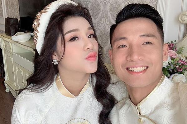 Vừa thừa nhận vợ Khánh Linh mang bầu chưa lâu, Bùi Tiến Dũng đã có đôi dòng nhắn nhủ đến đứa con sắp chào đời